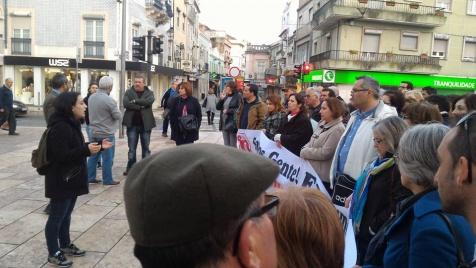 Deputada Isabel Pires, do BE, fala aos trabalhadores